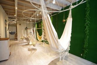 高円寺に日本初のハンモック美容室が2月11日にオープンいたします!